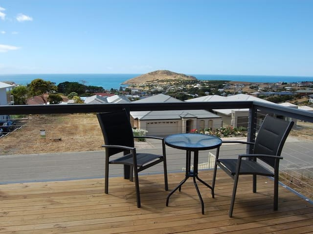 Brand New House with Fabulous Views - Encounter Bay