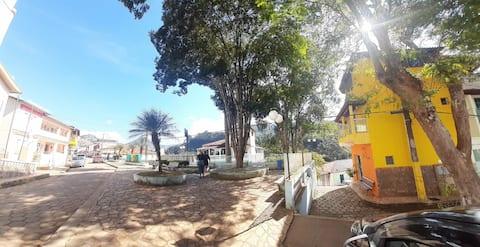 Apartamento com vista para montanha em Alagoa.