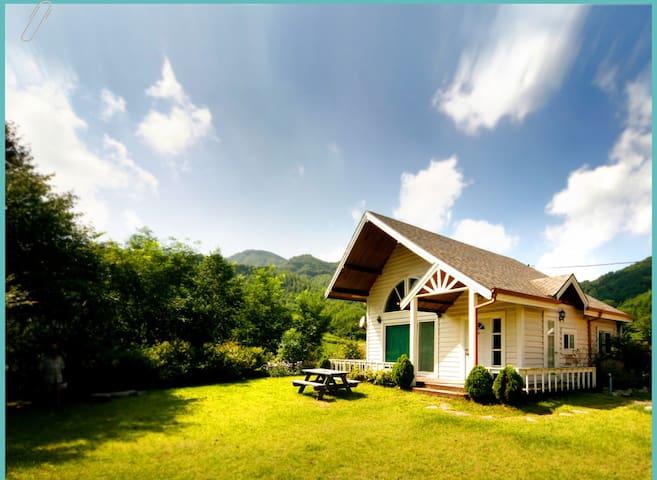 넓은정원포함 단독펜션 House with large garden