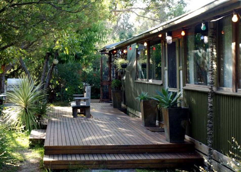 The love shack balnarring beach cabins for rent in for The love shack cabin