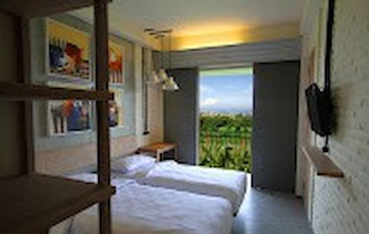 private ocean view with breakfast - north kuta - Bed & Breakfast