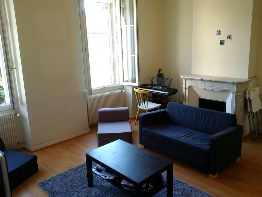 Deux chambres calmes en centre ville appartements for Bordeaux une chambre en ville