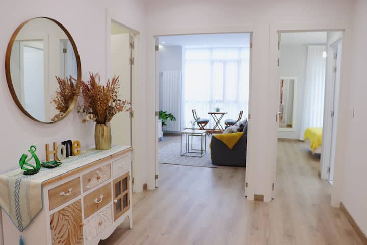 ABANDO III apartment+parking by Aston Rentals