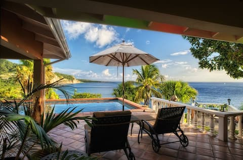 Oceanfront Luxurious Villa Stunning Sunsets Avalon