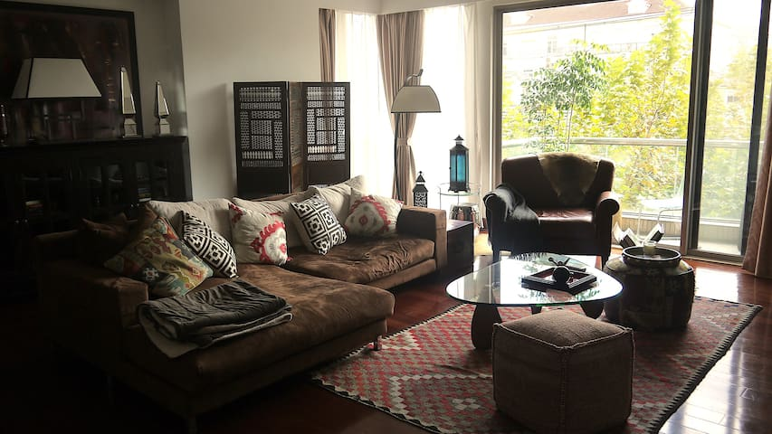 Luxury Apartment in the Heart of French Concession