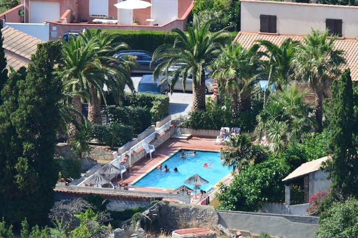 Giteslacapelle 2 chambres, piscine 10 mn plages...