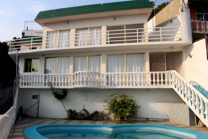 Tu casa de descanso en Acapulco