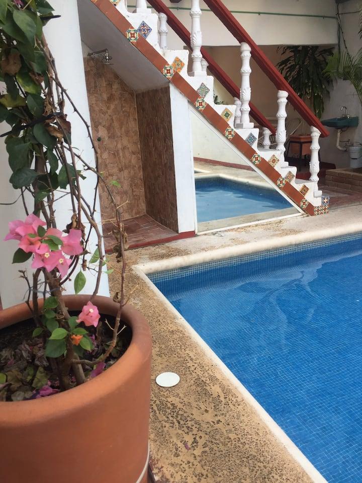 Hotel Alma Nury #4: Dos camas matrimoniales