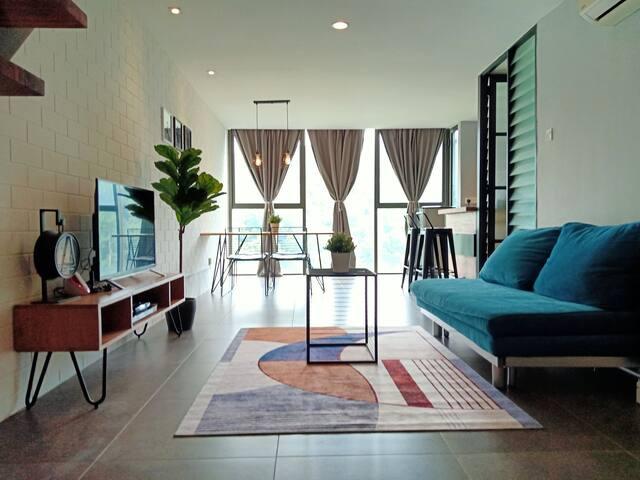 NEW Duplex Suite, PJ Empire Damansara, 4-6pax