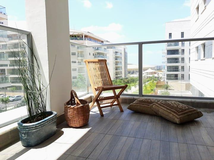 Haifa- The home near the park   4 BR new apartment