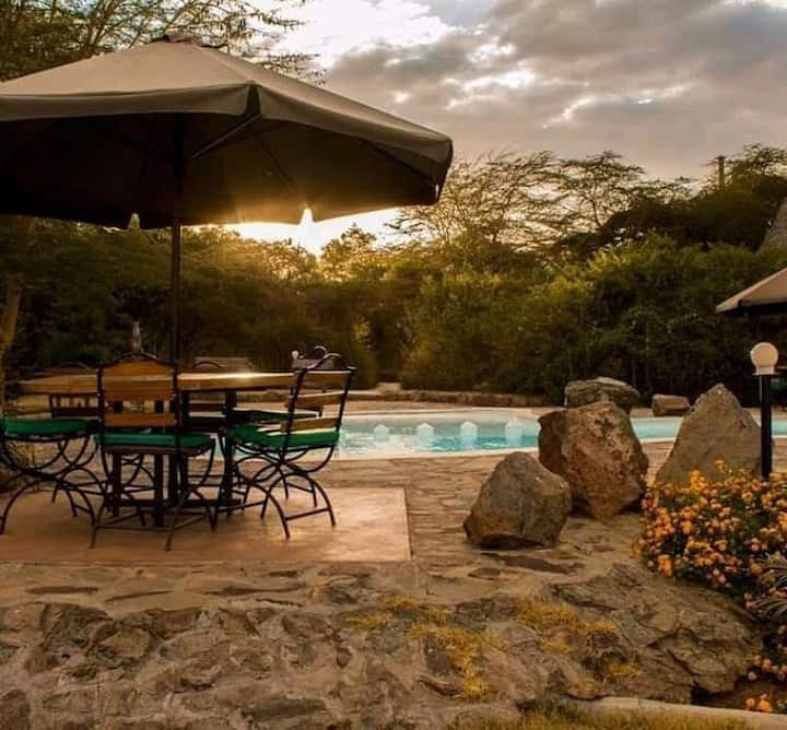 Ziwa Bush Lodge Villa