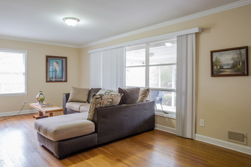 Cozy Living Room  with hardwood floors and TV