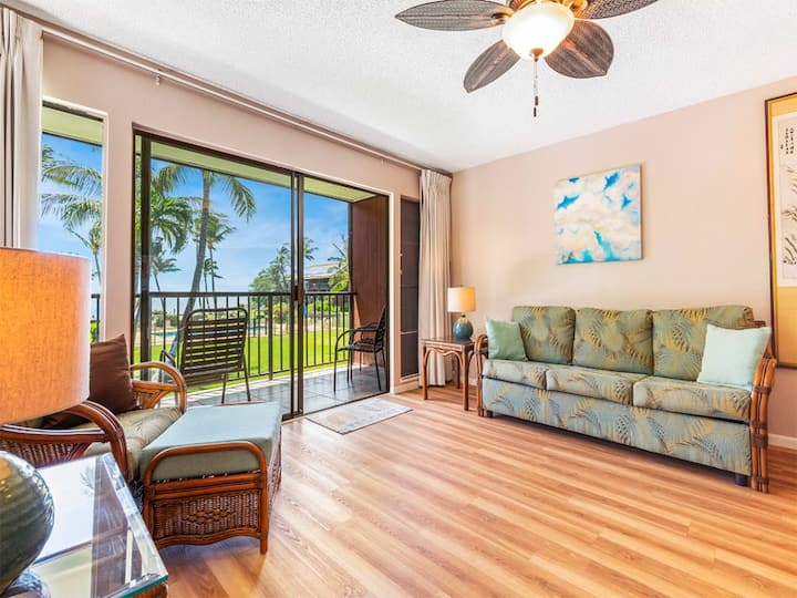 Loft Privacy+Space! Modern Kitchen, Flat Screen, Pacific View Lanai–Molokai Shores 228