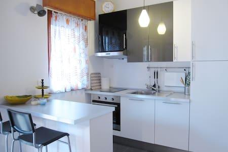 House Gabriella - Grado Pineta - 아파트