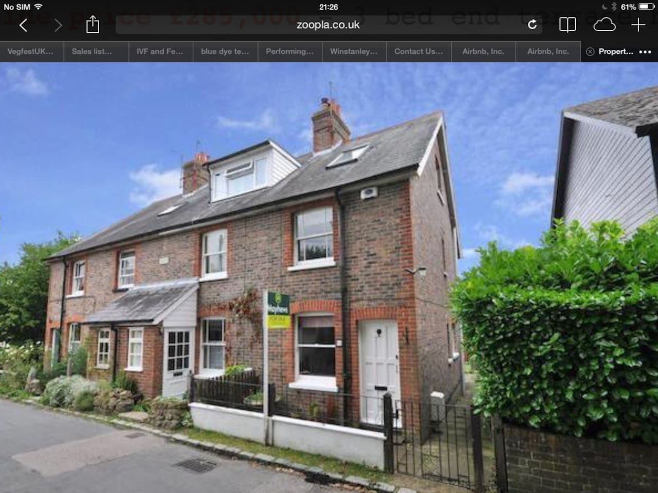 Cottage in very quiet road in the very heart of the bustling dynamic village...