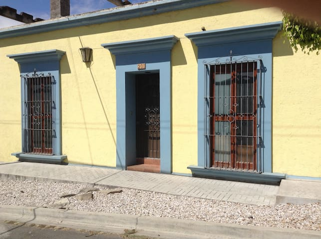 Fully equiped 3-bedroom house - Oaxaca
