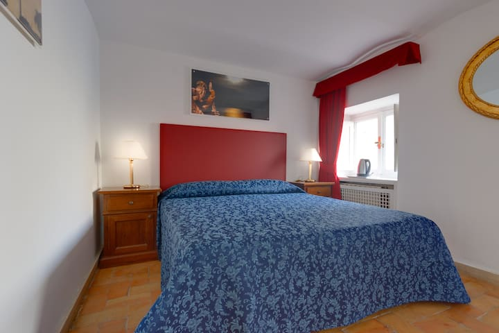 Farnese 1 Double Superior Room with View S&AR