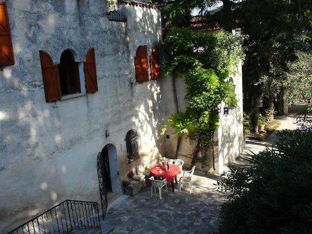 Villa con giardino al mare - Montesilvano - Casa de campo