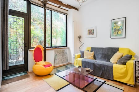 506 sq. ft. Loft + terrace near Bastille