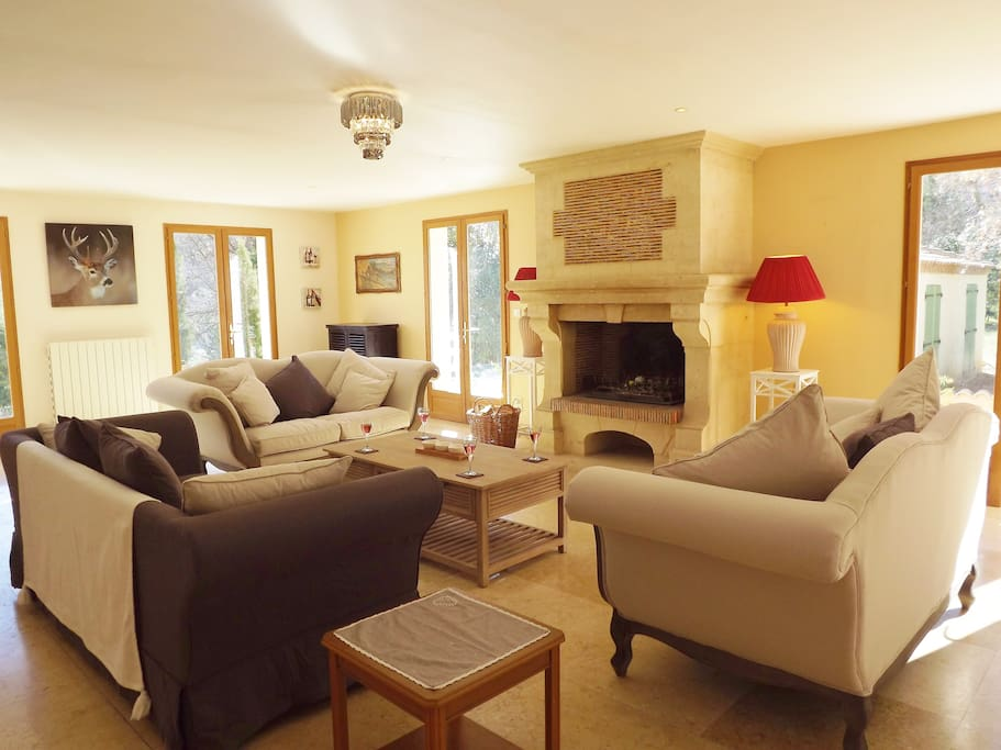 Large comfortable lounge, cosy log fire for those cooler winter evenings.