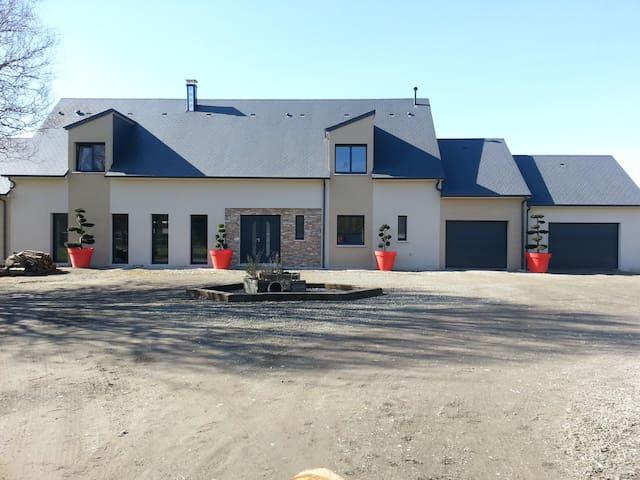 Maison de standing idéal 24h du Mans - téloché - Casa