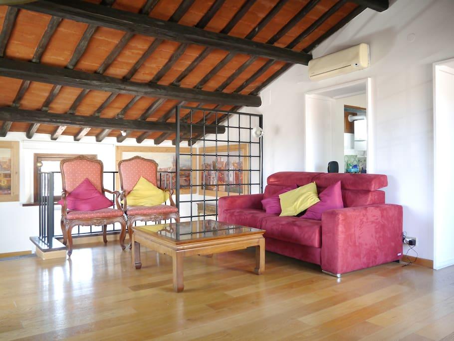 Fen tre de panth on appartements louer rome latium italie for Louer une chambre sans fenetre