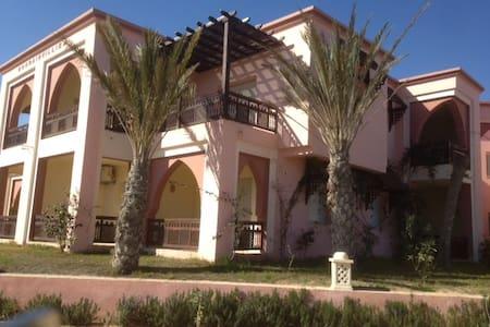 Residence Lella Meriem SanghoZARZIS - ZARZIS