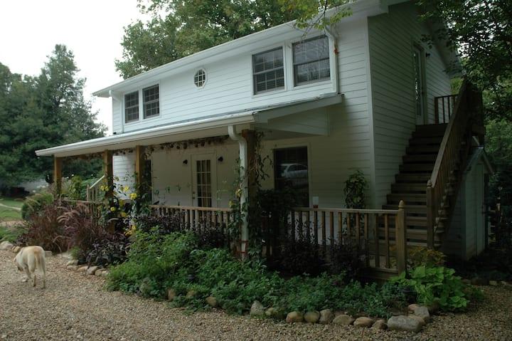 Linnaea Gardens Guest House Unit #3