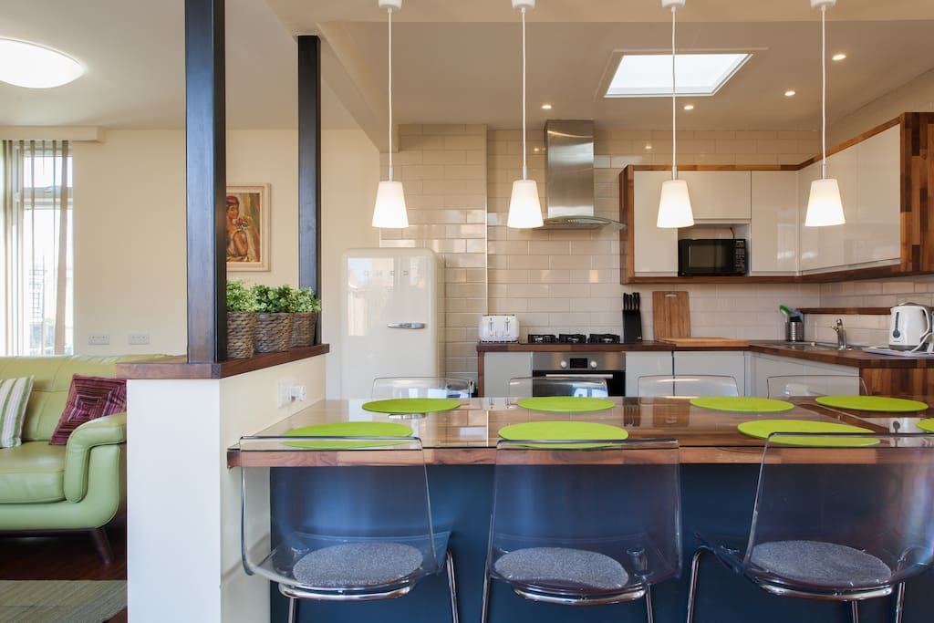 Open plan Kitchen &  dinning area