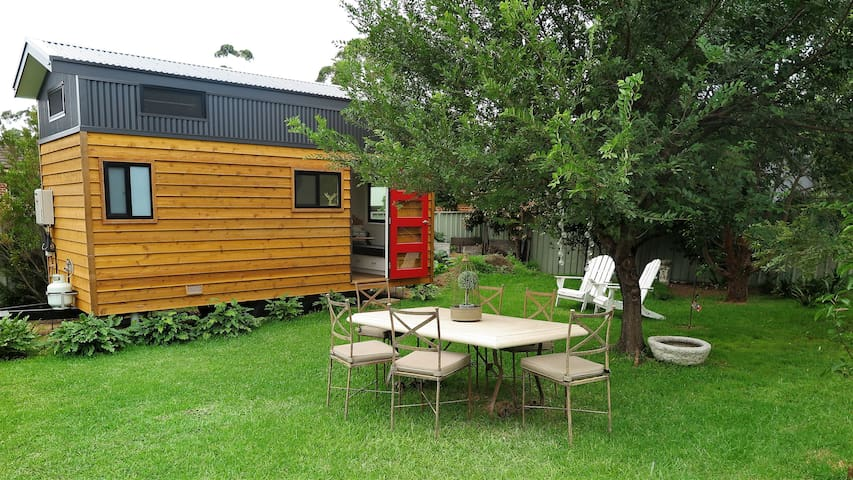 Tiny House in Woonona  15 mins from Wollongong