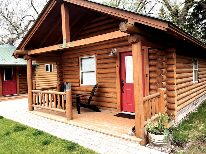 Log Cabin Cute! Long Horse Ranch Cabin #3