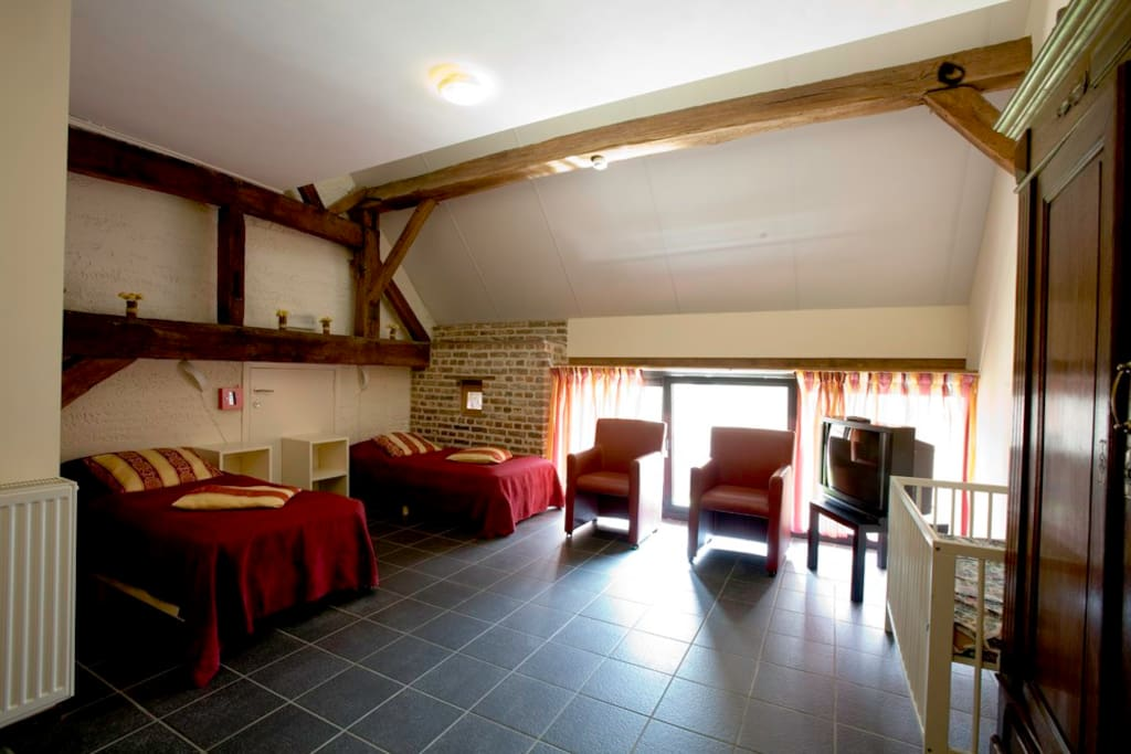 Double rooms including breakfast chambres d 39 h tes for Chambre a louer liege belgique