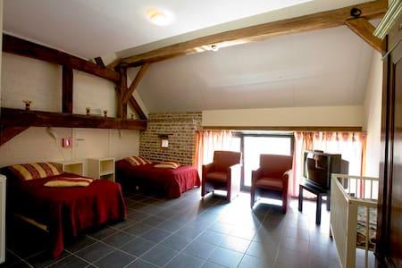 Double rooms including breakfast - Visé