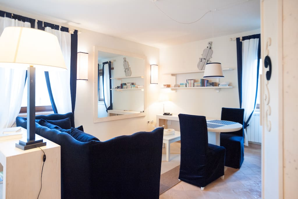 Appartamento Ouverture: il soggiorno con angolo cottura