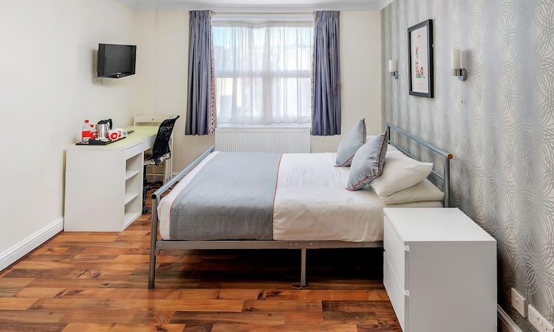 OYO Flexistay Tulsi Aparthotel, Studio Apartment