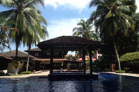 Deluxe Room @Le Village Beach Resort Kuantan - Kuantan