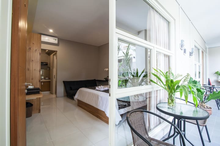 Cozy Studio in the Heart of Bali + Breakfast - Denpasar - Huoneisto