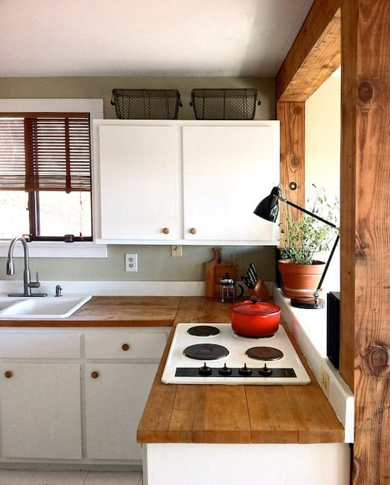 Full Country Kitchen