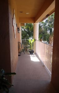 Private Room Upstairs - Port St. Lucie - Apartament