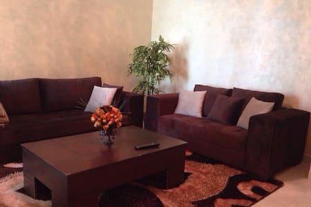 Beau Studio chambre, Salon, cuisine - Tunis