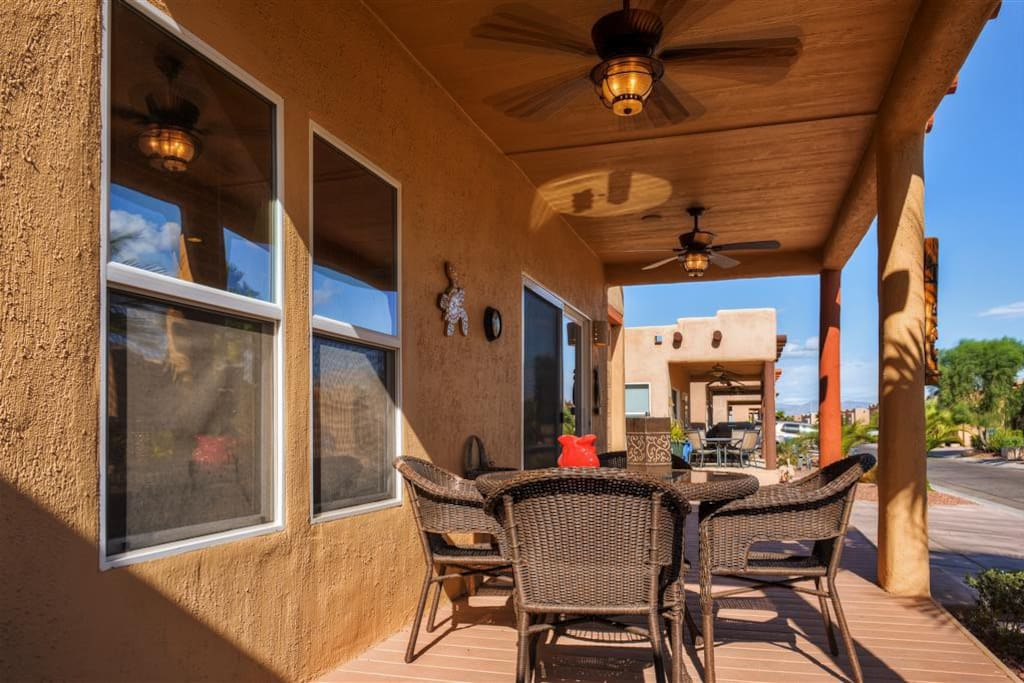 Enjoy relaxing on the home's private front deck in the balmy desert sunshine