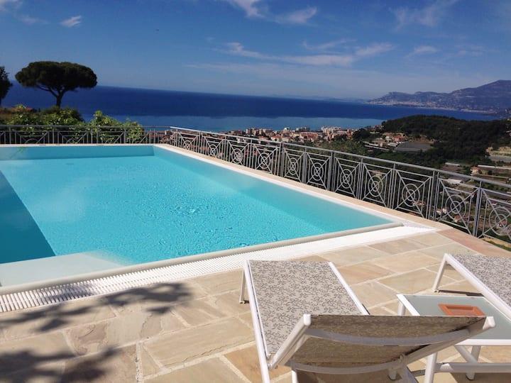 Villa di charme,piscina,vista mare