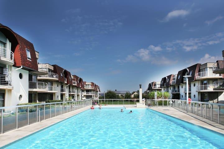 Knus appartement aan de Belgische kust met zwembad