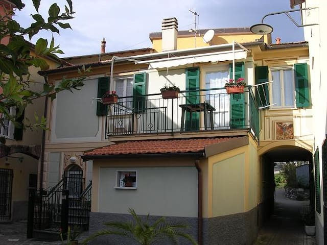 Beatiful house to 5 mn Sestri Lev.