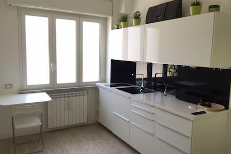 Brand new clean apartment - San Giuliano Milanese - Квартира