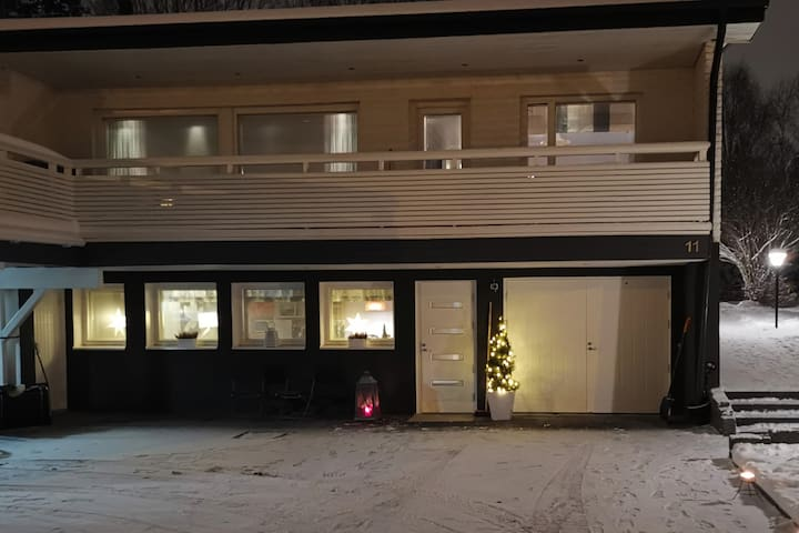 Peacefull ground floor apartment with own sauna.