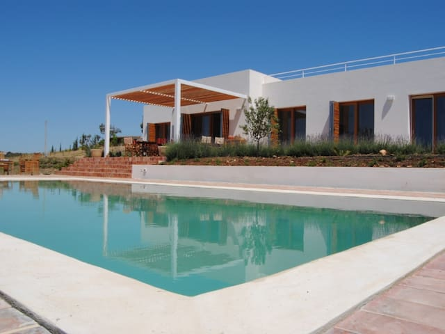 Villa with Private Pool and Garden - Stunning View - Menfi - Villa