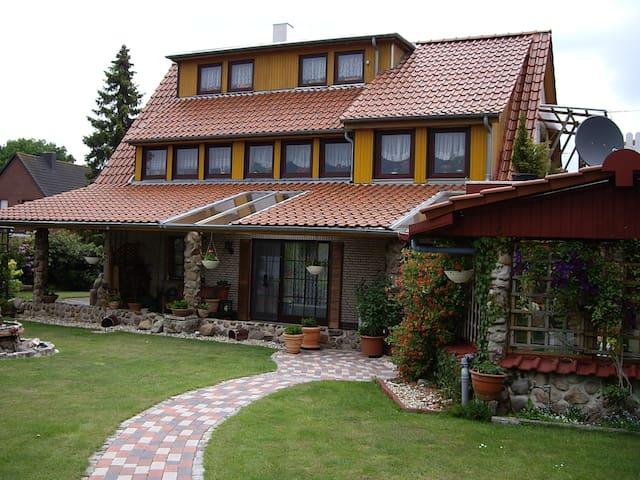 Tolles Ambiente in schöner Natur - Ganderkesee - Appartamento