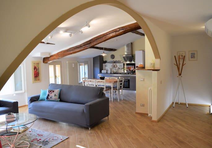 ingresso/soggiorno/cucina