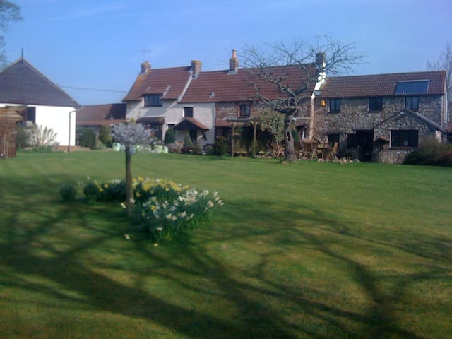 Self Catering  Country Cottage. - Sandford  - Casa